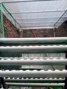 membuat atap hidroponik